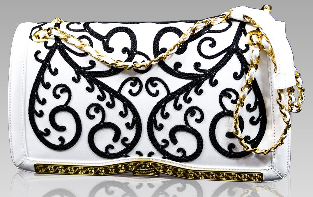 Embroidered Purses for the Luxury Boho Chic Look