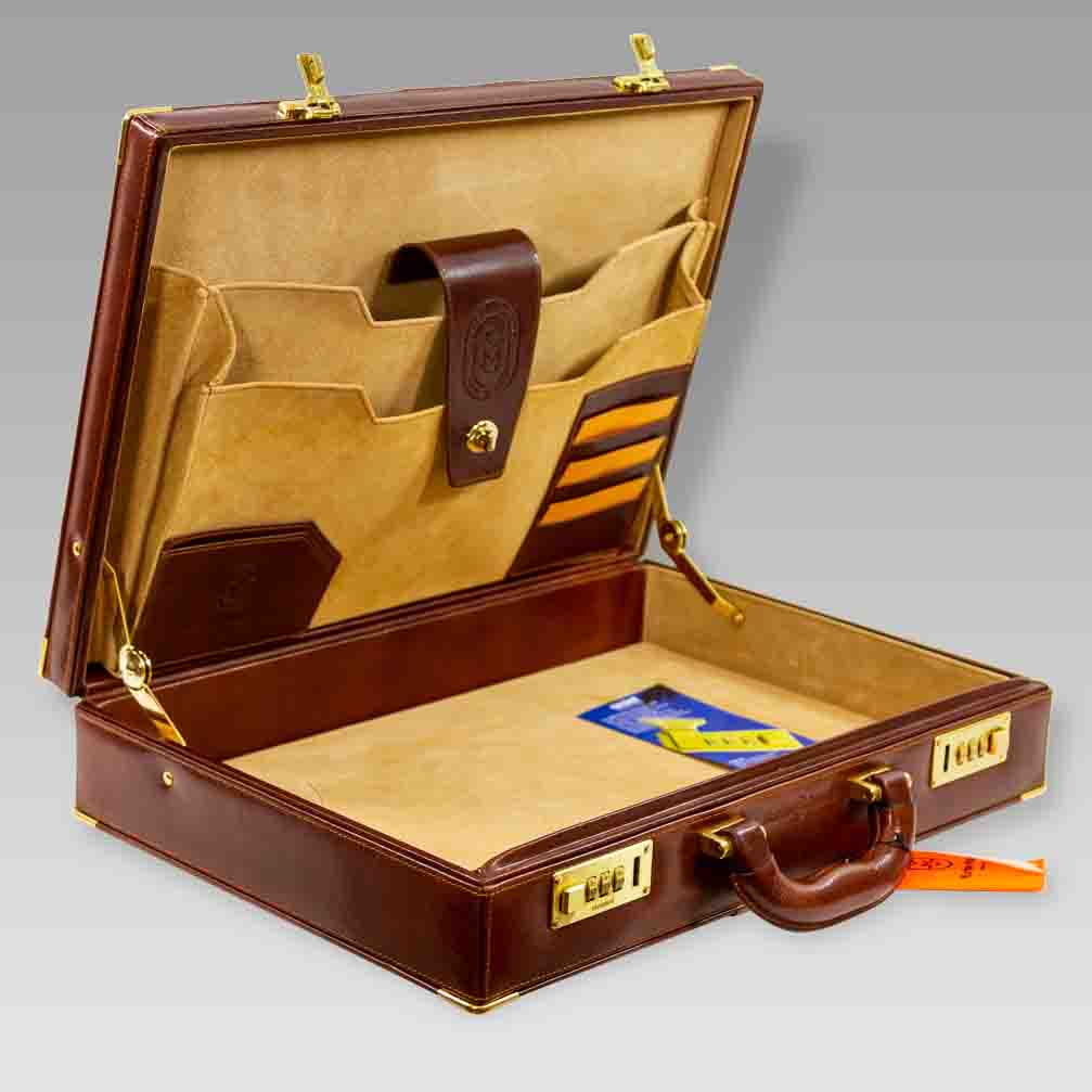 Marino_Orlandi_Large_Briefcase_Viceroy_Aged_Cognac_Leather_Attache_Bag_02MO1663GLBR_02.jpg