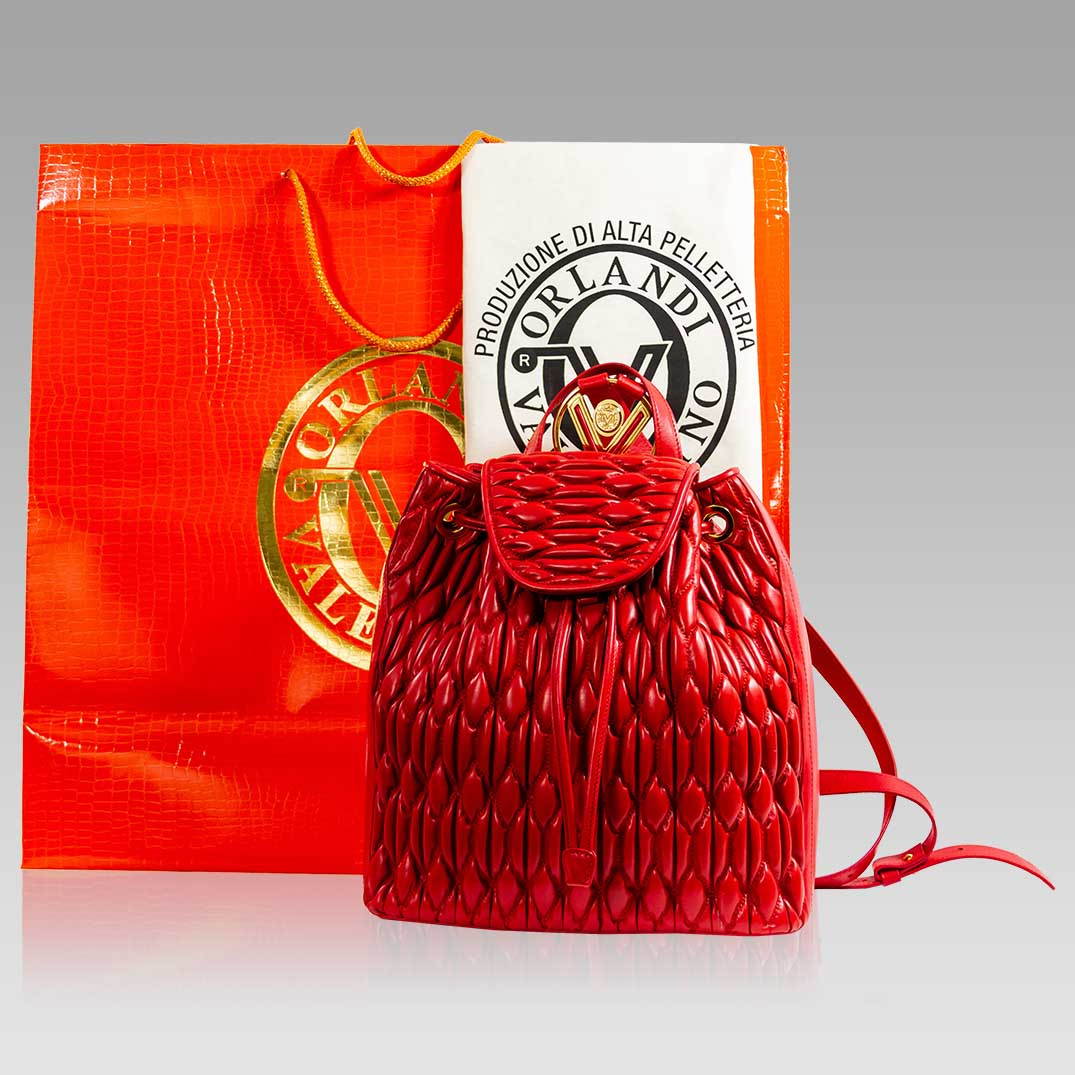 Valentino_Orlandi_Backpack_Scarlet_Red_Quilted_Leather_Bucket_Tote_Bag_01VO6312CLRD_04.jpg