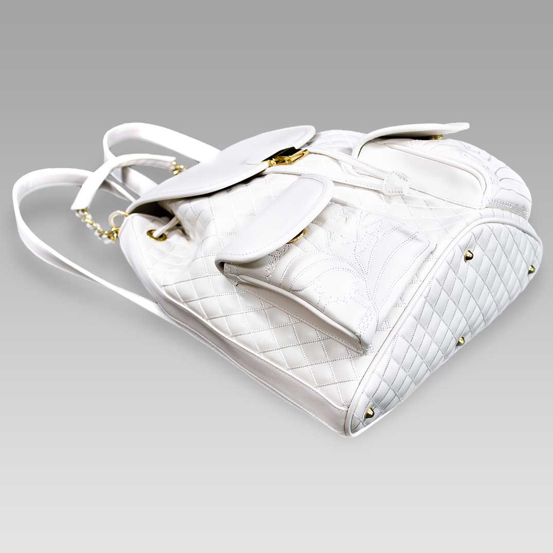 Valentino_Orlandi_Large_Backpack_Alabaster_Chanel_Leather_Bucket_Bag_01VO6125CLWH_03.jpg