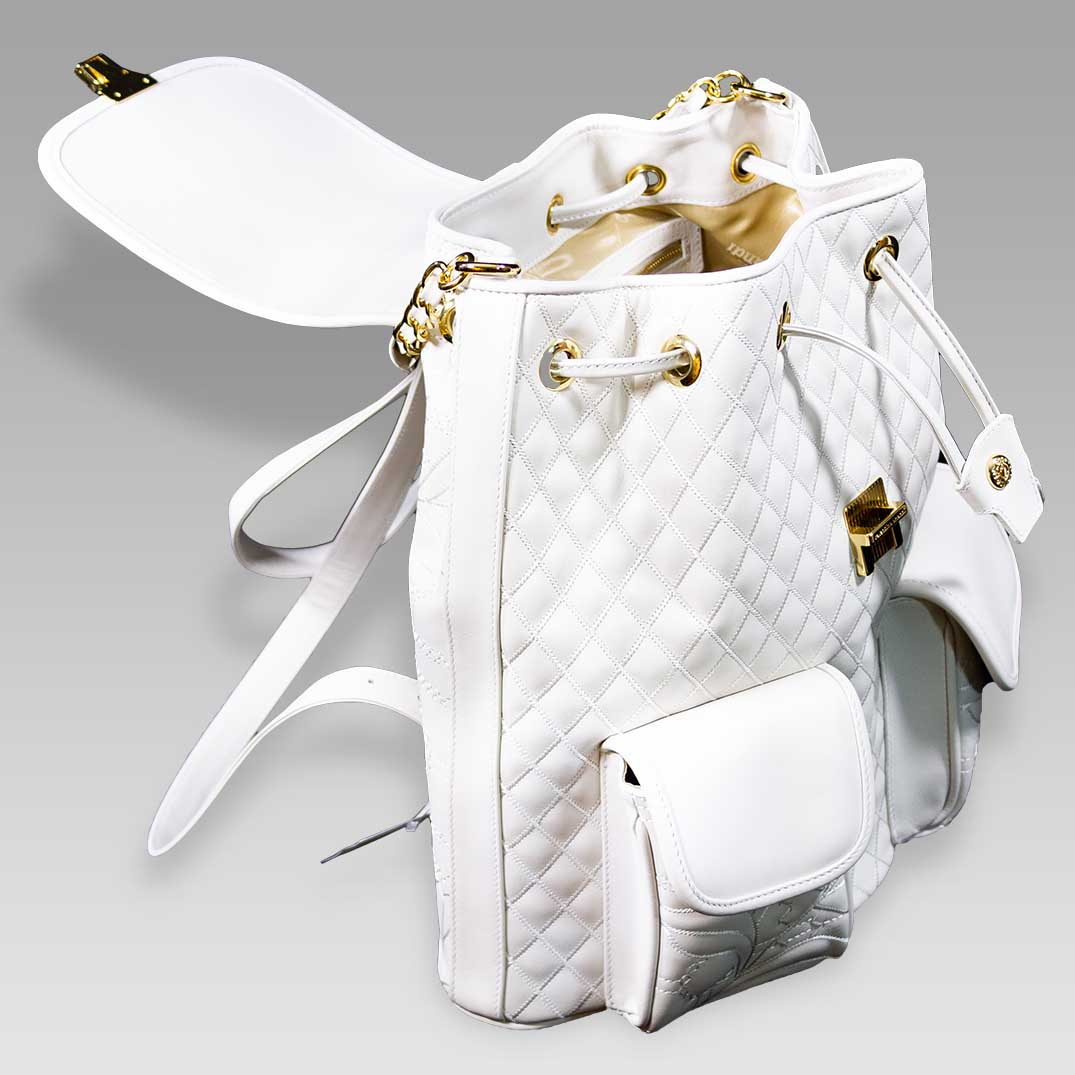 Valentino_Orlandi_Large_Backpack_Alabaster_Chanel_Leather_Bucket_Bag_01VO6125CLWH_04.jpg
