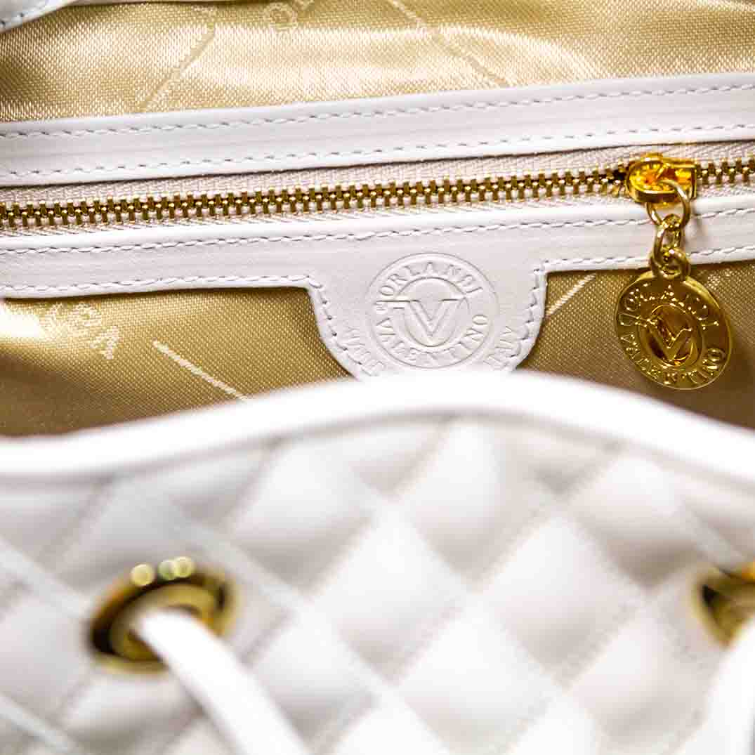 Valentino_Orlandi_Large_Backpack_Alabaster_Chanel_Leather_Bucket_Bag_01VO6125CLWH_05.jpg