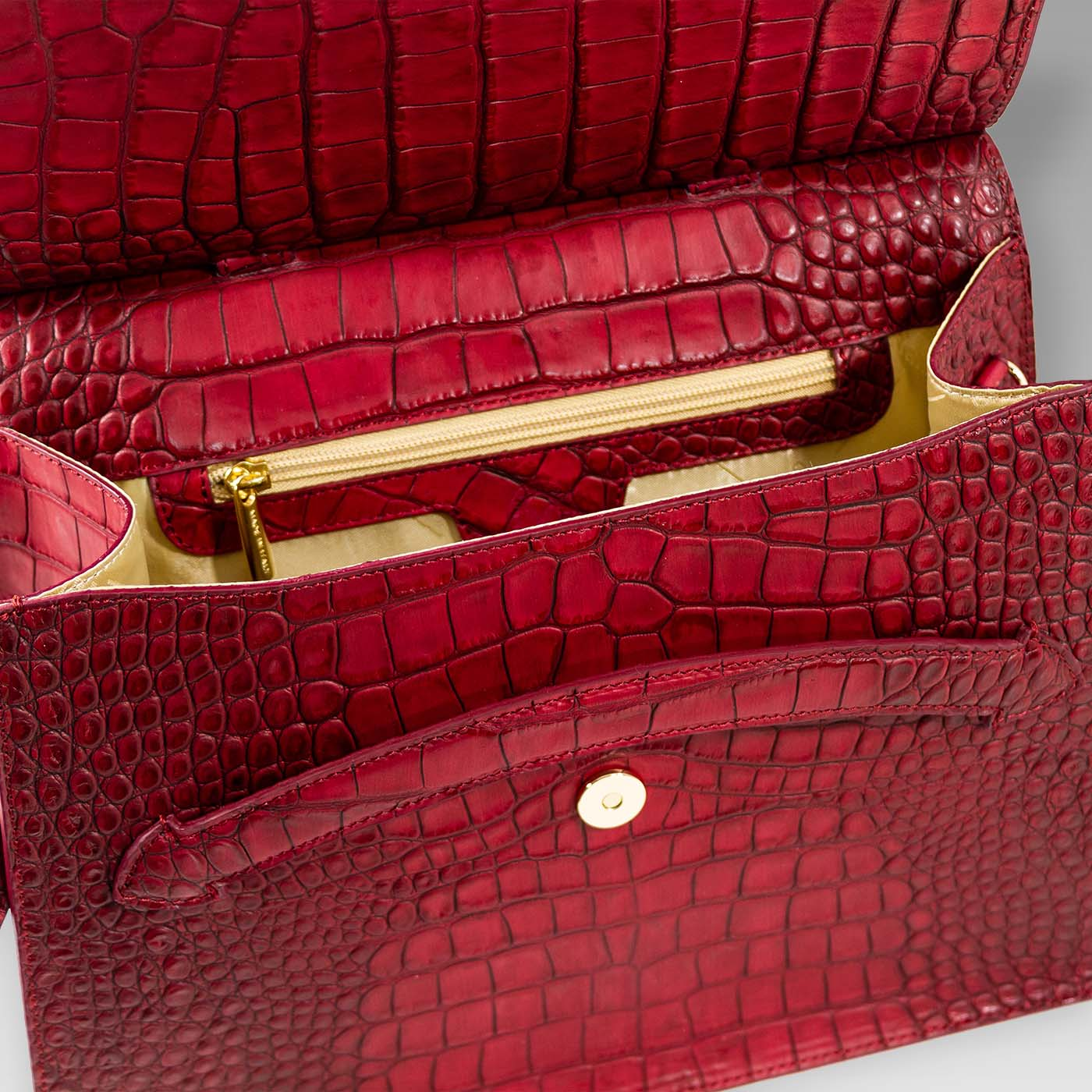Valentino_Orlandi_Large_Purse_Scarlet_Red_Croc_Embossed_Leather_Tote_01VO42161CLRD_04.jpg