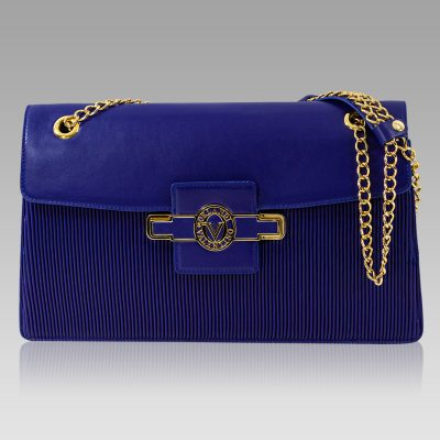 chain leather purse